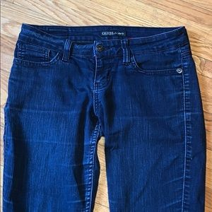 A pair of (dark blue wash) Guess jeans!